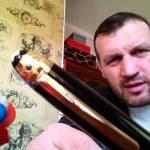 Тупой грузчик с престижной ручкой